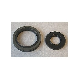 20X37X6 / 38X52X8 SET OF CRANKSHAFT OIL SEALS FOR RM250 1994-95 AND RMX250 1993-97