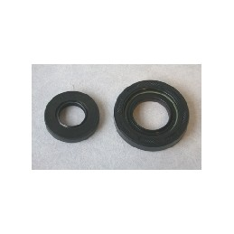 20X40X7 / 27.8X 55X10 SET OF CRANKSHAFT OIL SEALS FOR YZ250 2001-02